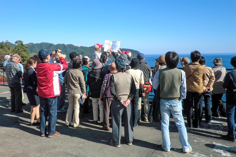釜石大観音での観光ガイドの様子
